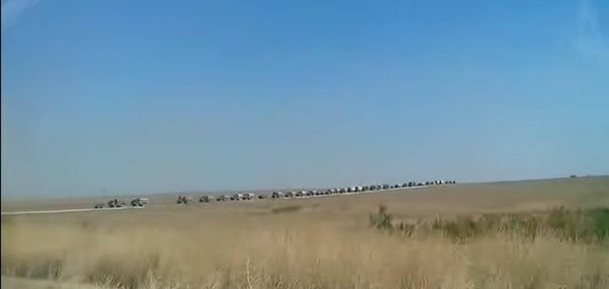 В окупованому Криму зняли пересування великої колони військової техніки