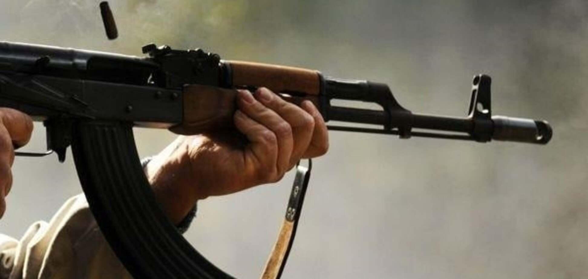 Вооружен и опасен: дезертир расстрелял двоих бойцов ВСУ на Донбассе - СМИ