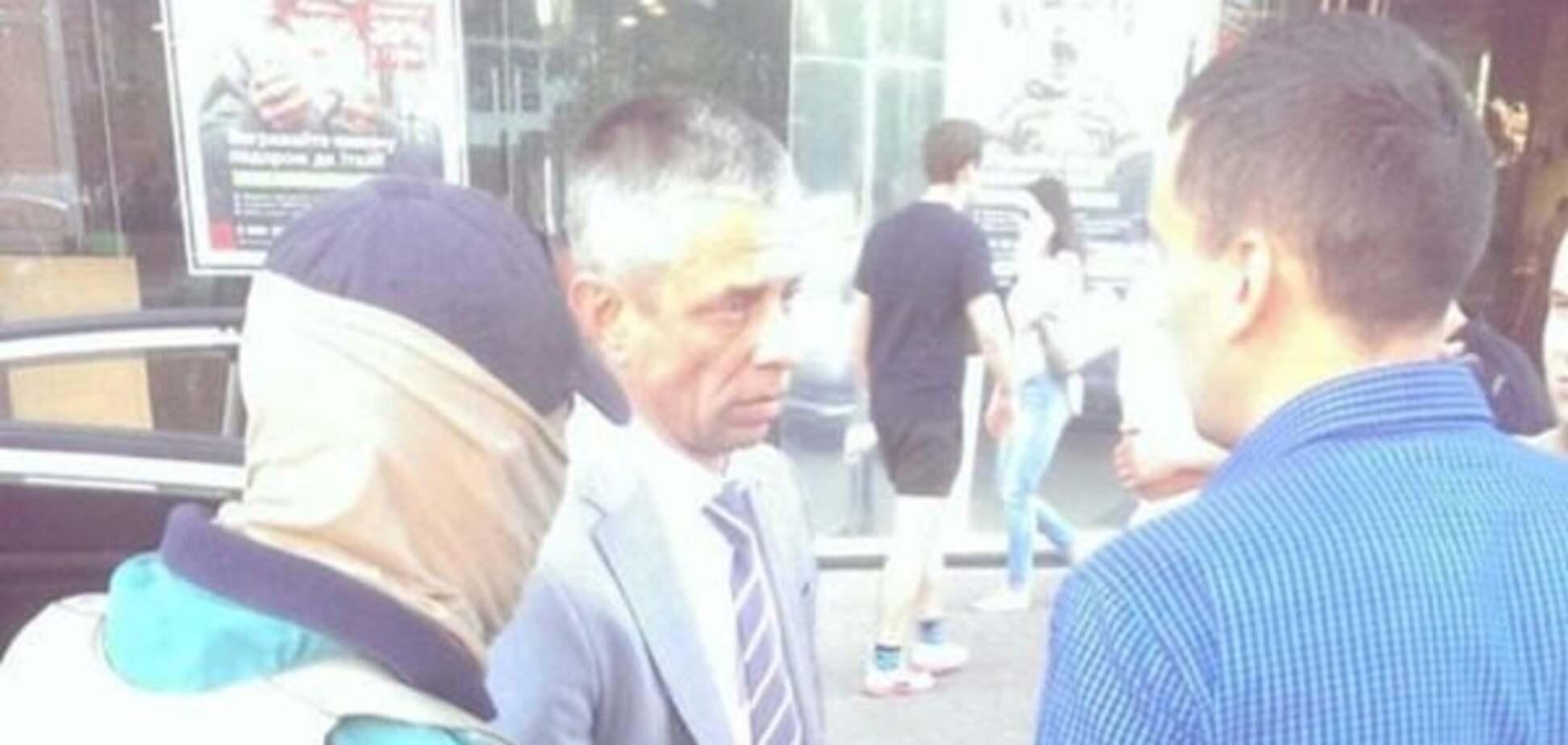 ГПУ поймала мошенников с липовыми орденами и 'ксивой' помощника Гройсмана