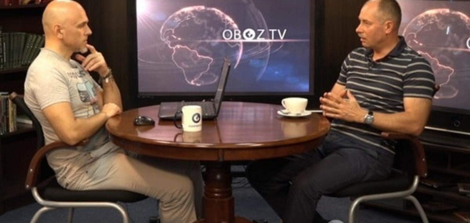 Жданов: Россия хочет легализовать свои войска на Донбассе