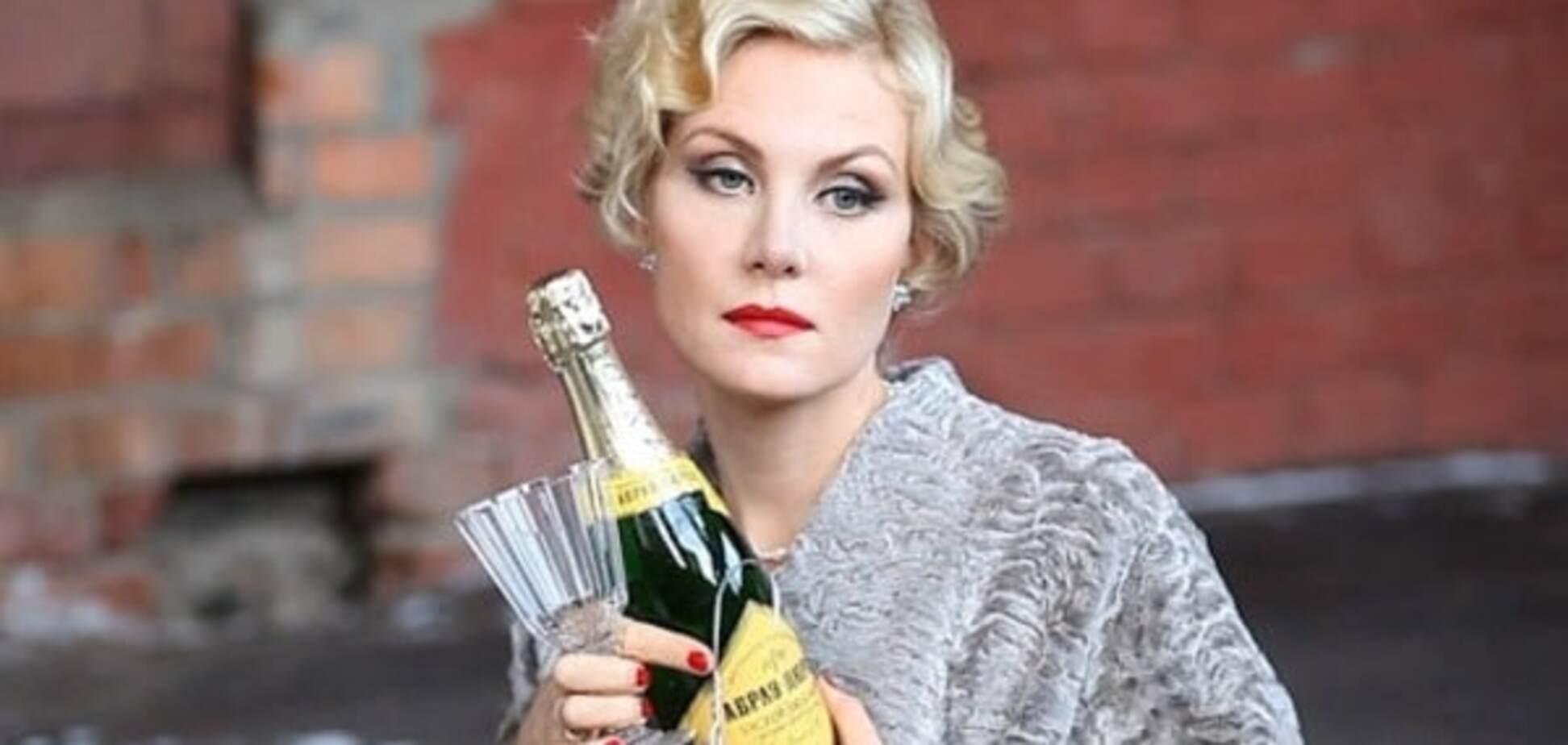 Рената Литвинова упала под стол на вечеринке в Москве