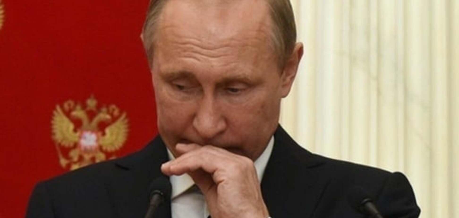 Путин выглядит мальчиком