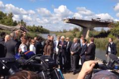 Жебрівський показав Штайнмайєру й Ейро зруйнований війною міст у Слов'янську