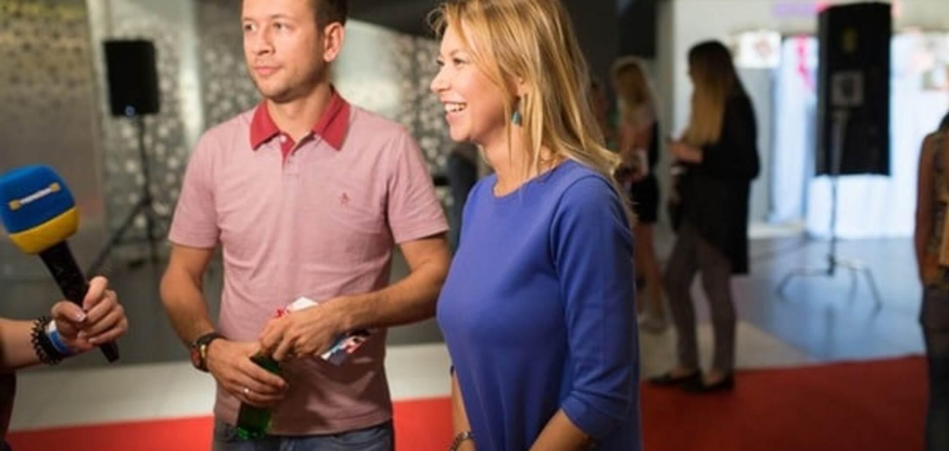 Ступка с женой, муж Сумской и Матвиенко с Мирзояном пришли посмотреть на 'Ребенка Бриджит Джонс'