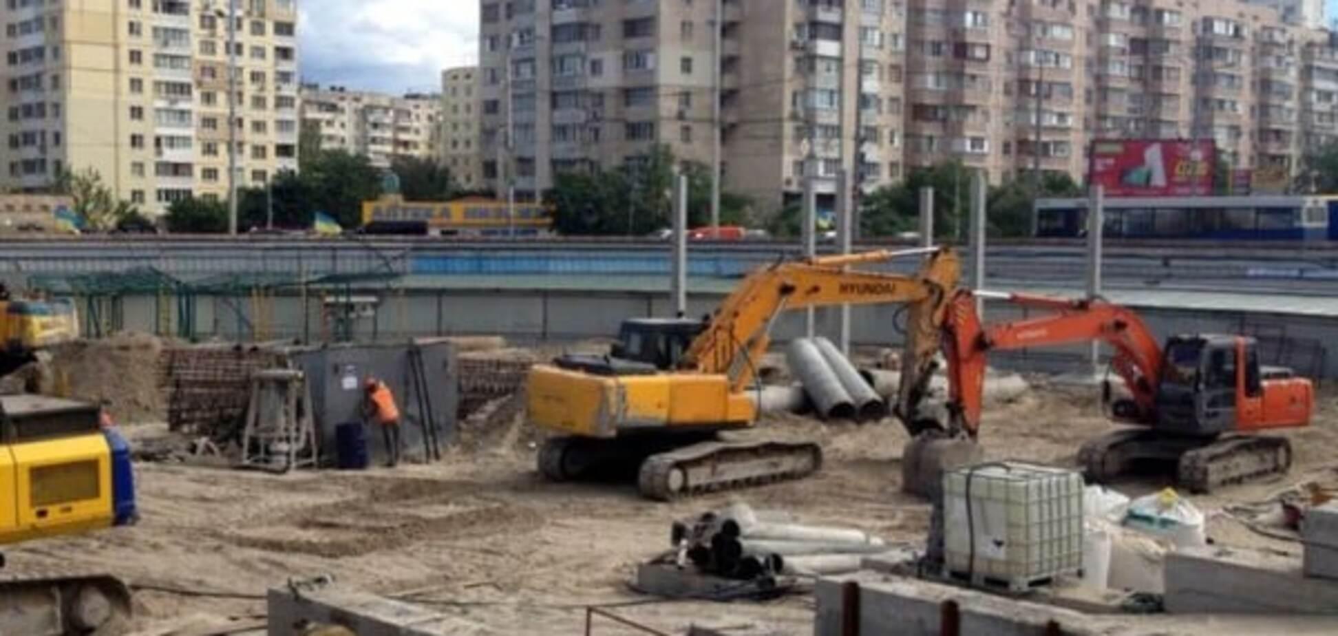 Мер Києва роз'яснив ситуацію з ТРЦ на 'Героїв Дніпра'