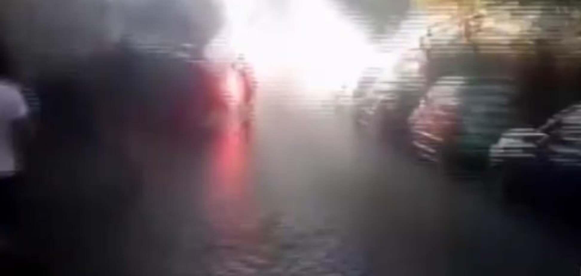 Появилось видео нападения фанатов в Одессе на турецких болельщиков