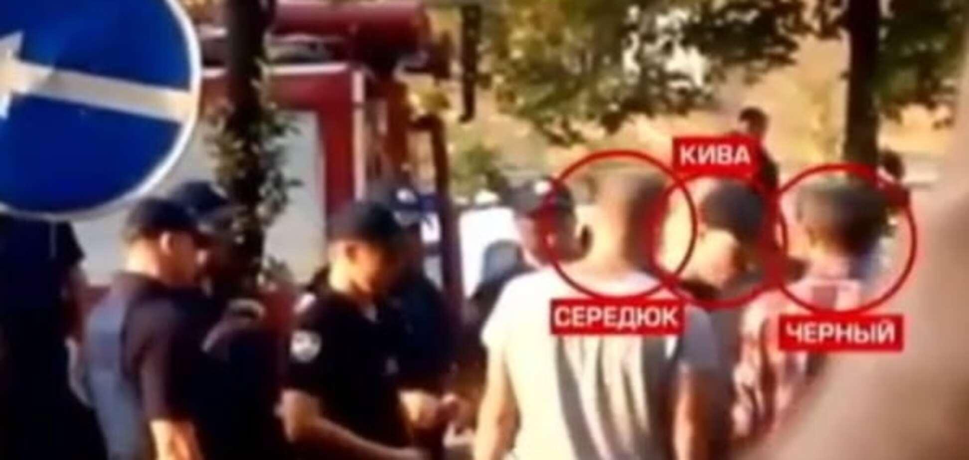Журналісти 'Подробиць' показали на відео паліїв телеканалу 'Інтер'