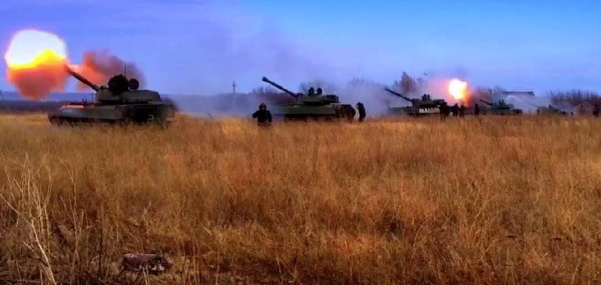 Готуються до 'перемир'я': Росія відправила в 'ДНР' 220 тонн боєприпасів для САУ і РСЗВ