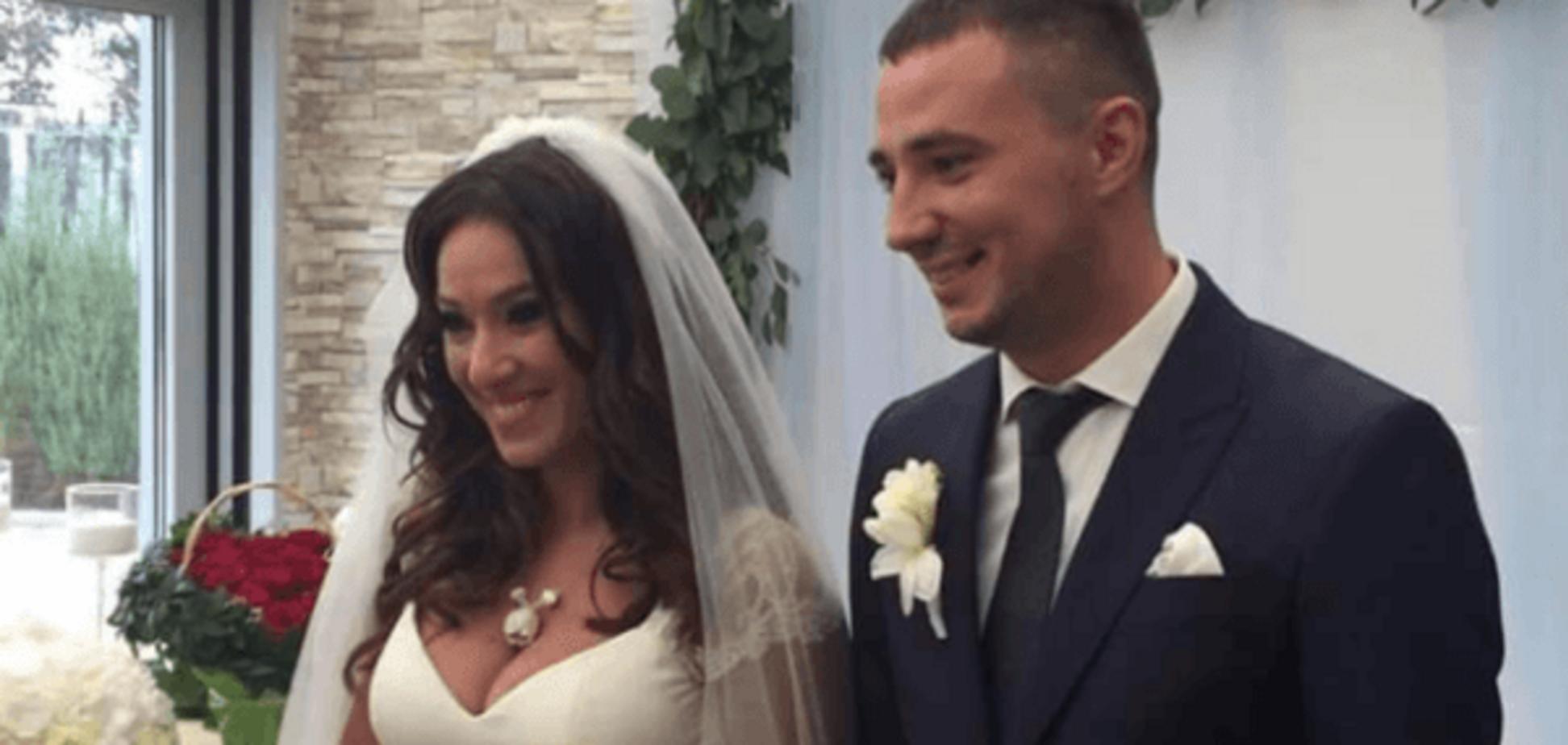 'Отдаем с контузией и осколками 'Градов': певица Карпа вышла замуж за героя АТО. Опубликованы фото и видео