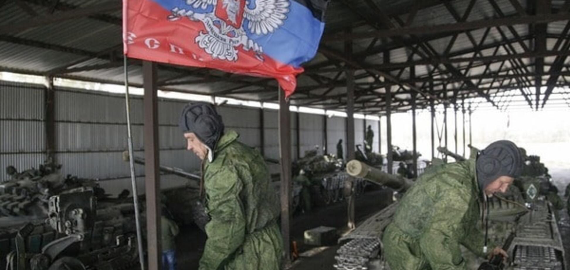Терористи 'ДНР' отримали із російського 'військторгу' нові танки
