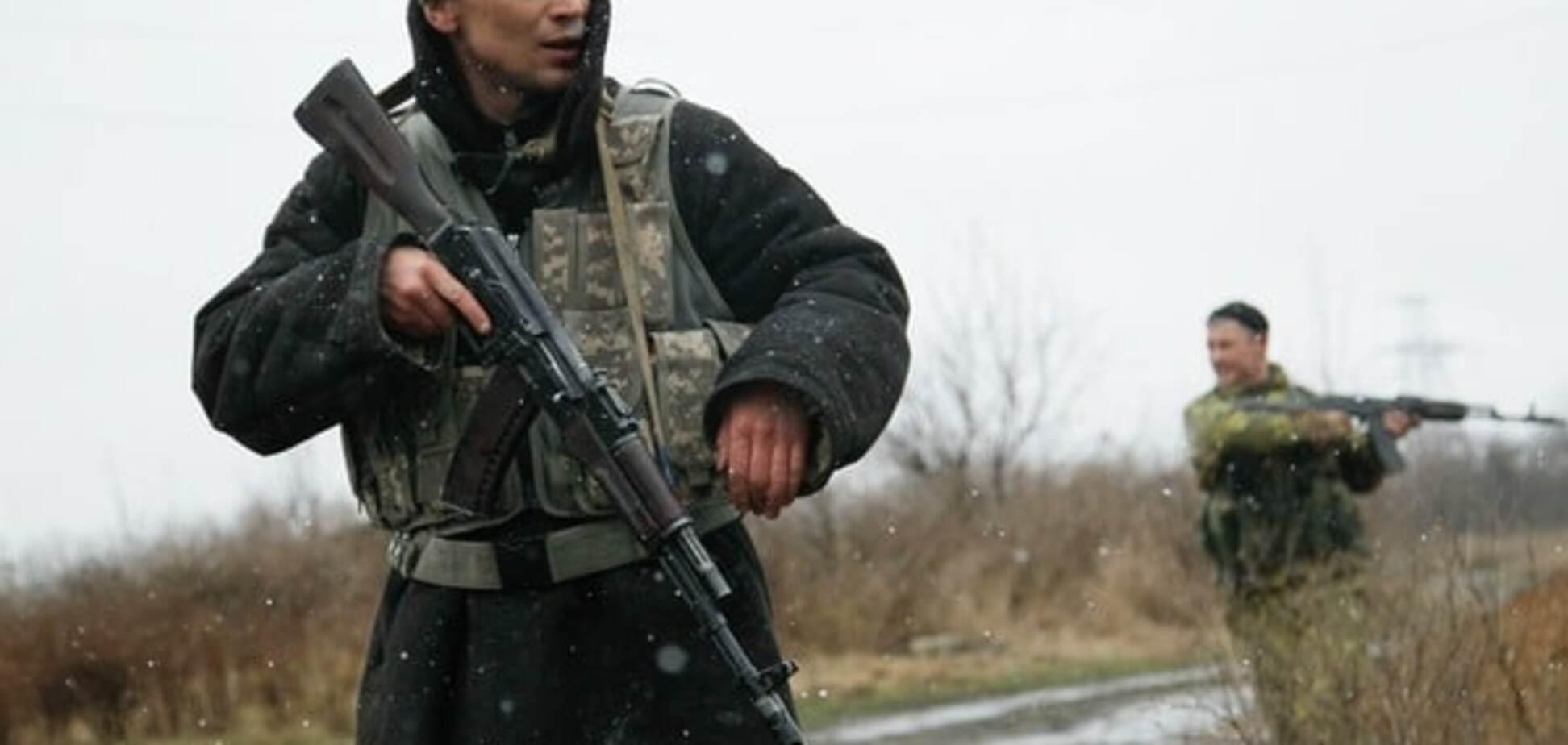 Террористы вновь нарушили 'режим тишины' на Донбассе, ранен боец АТО