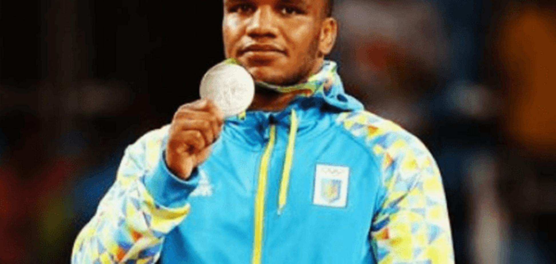 Жан Беленюк медаль