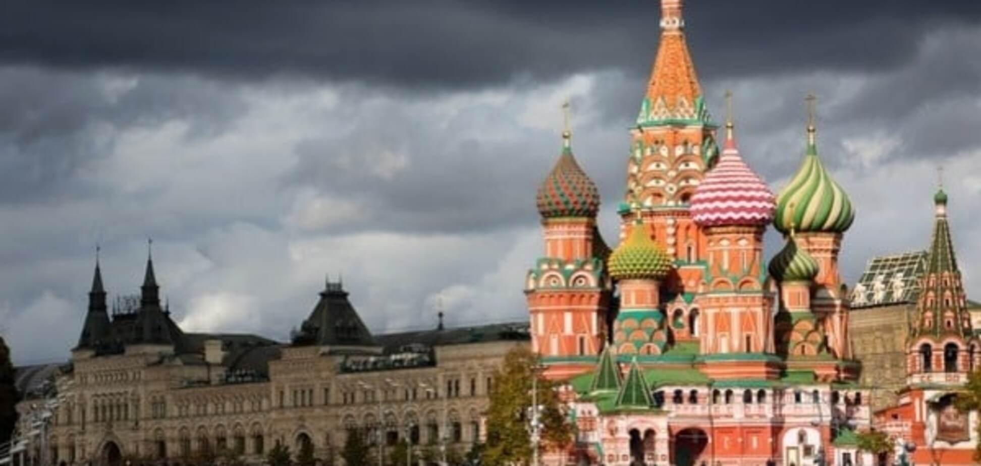 Анатомія брехні: ЗМІ Росії поширили фейк про відставку Порошенка