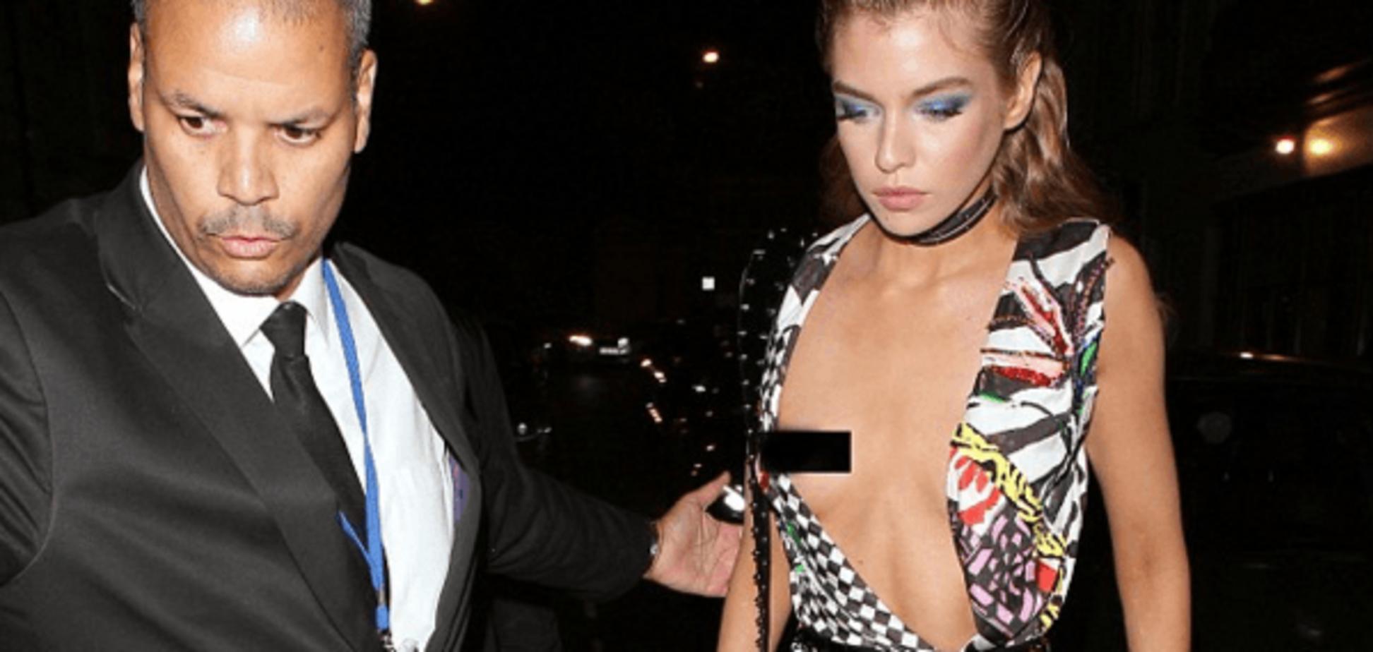 Конфуз в Лондоне: 'ангел' Victoria's Secret засветила грудь на светской вечеринке