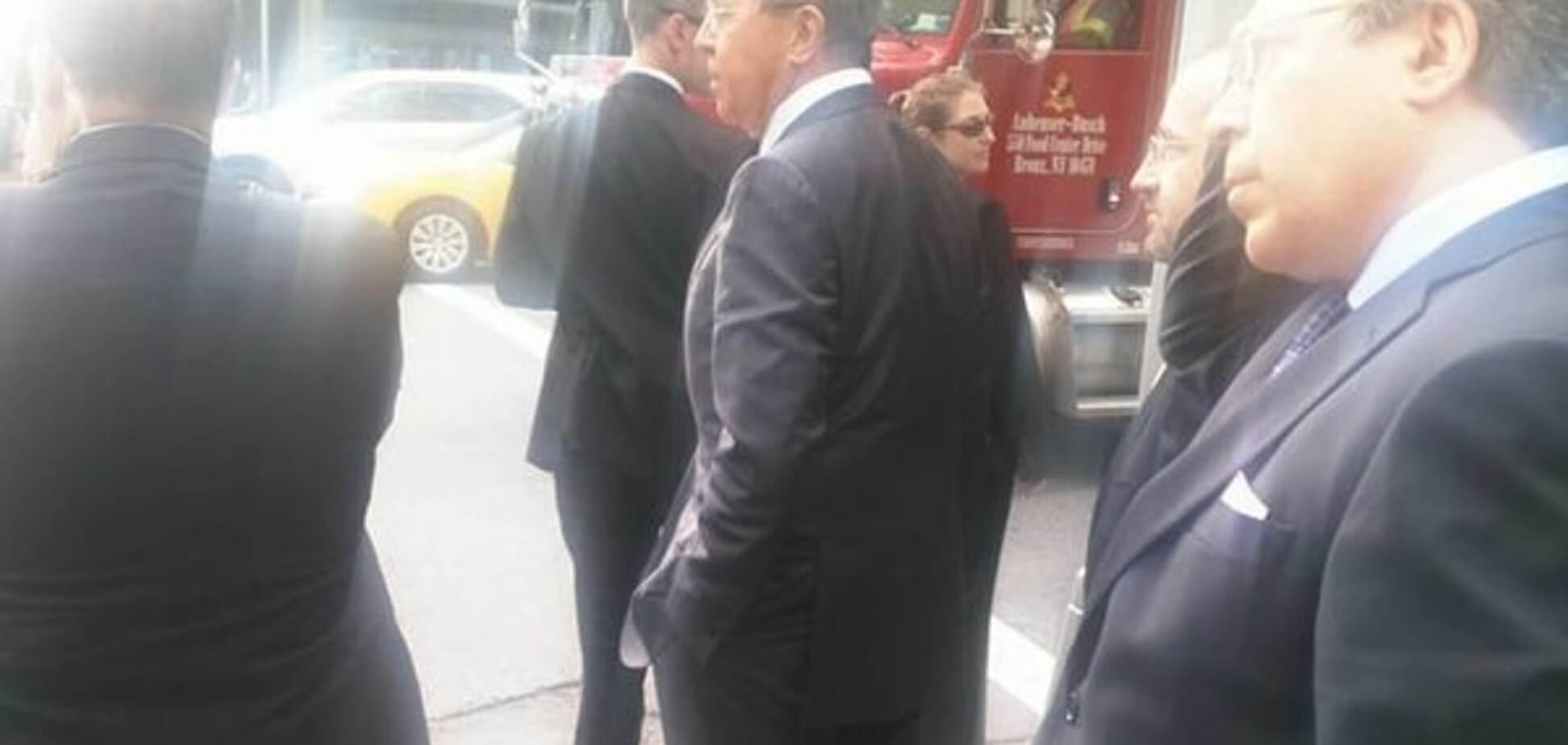 Обама 'заставил' Лаврова пешком добираться в ООН: фотофакт
