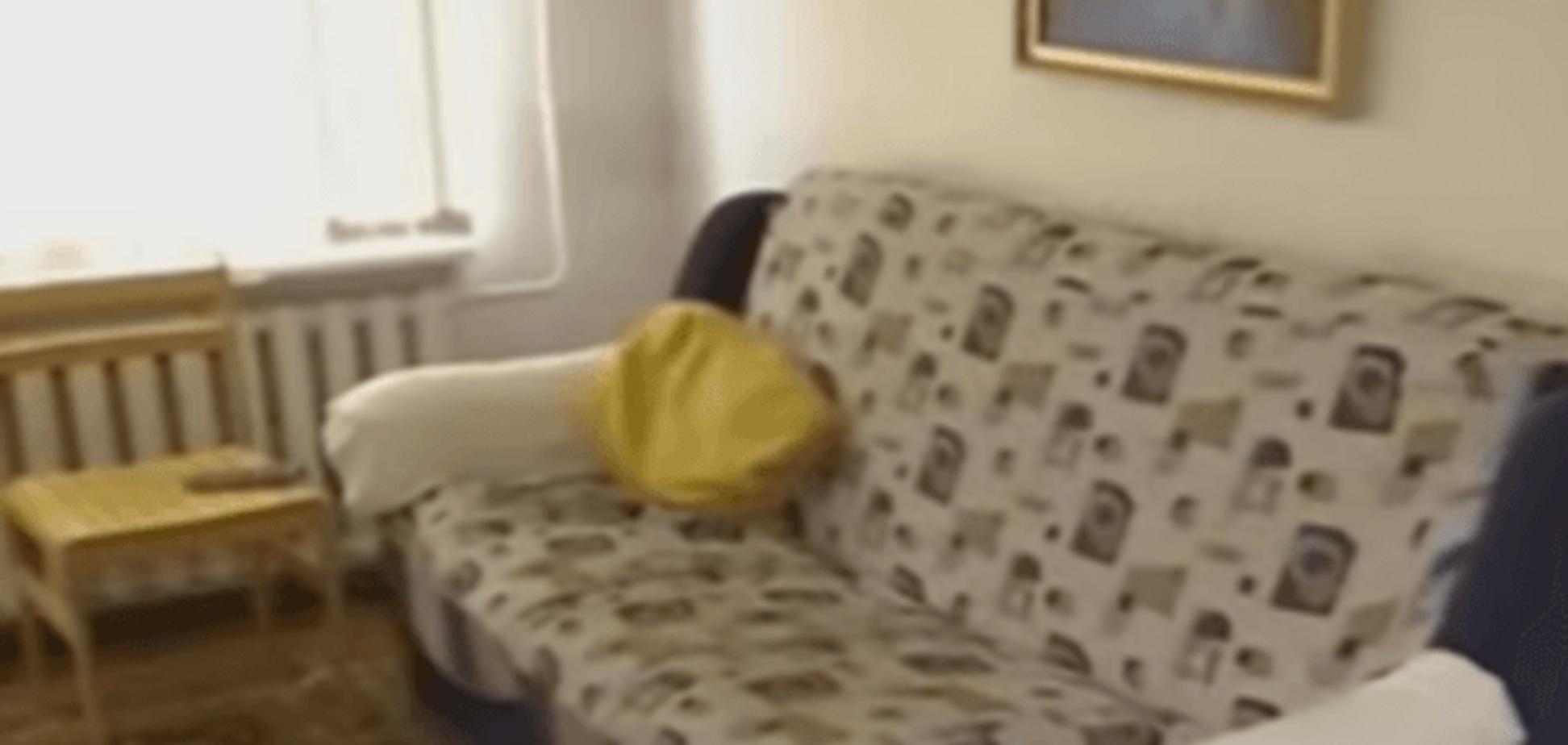 Живут шесть человек: СМИ показали одесскую квартиру пропагандиста Филлипса