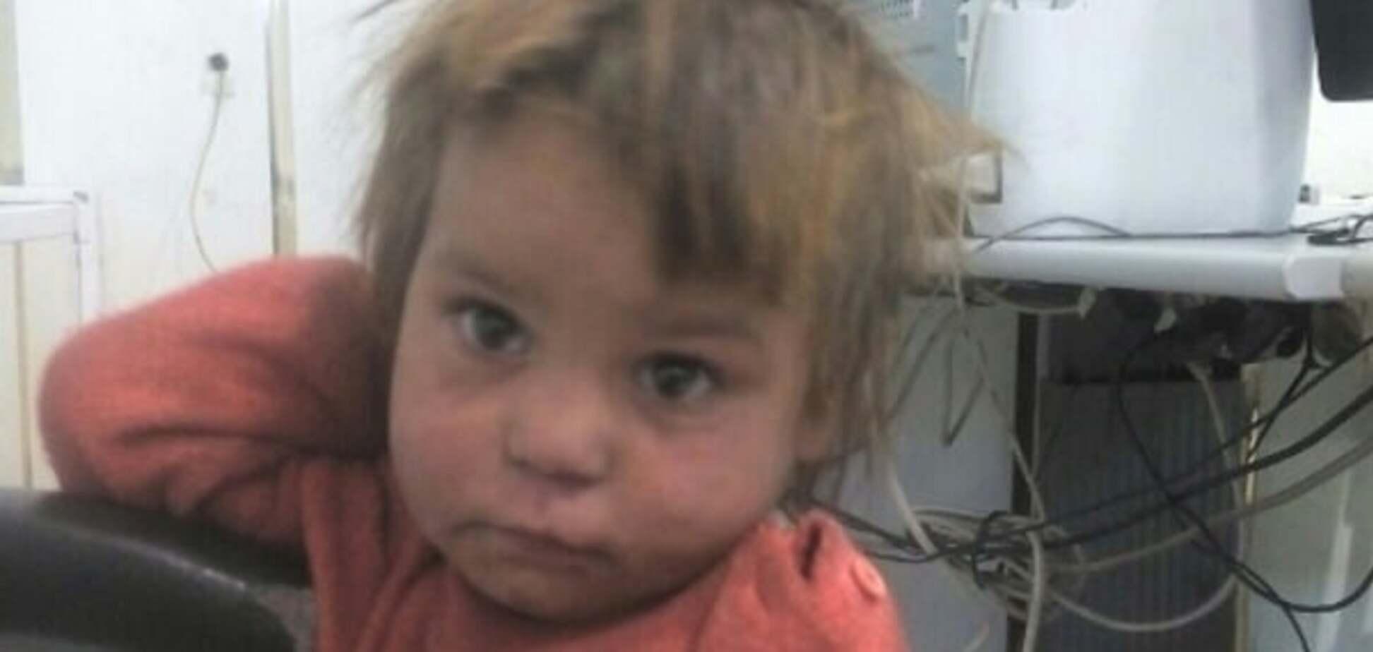 На Закарпатті поліцейські знайшли кинуту біля сміттєвих баків дитину