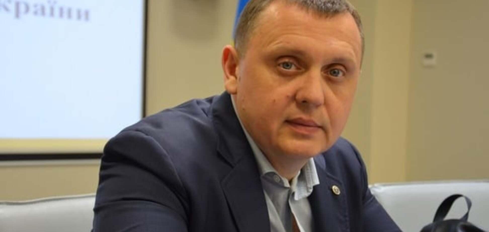 ГПУ вручила подозреваемому во взяточничестве Гречковскому вызов в суд