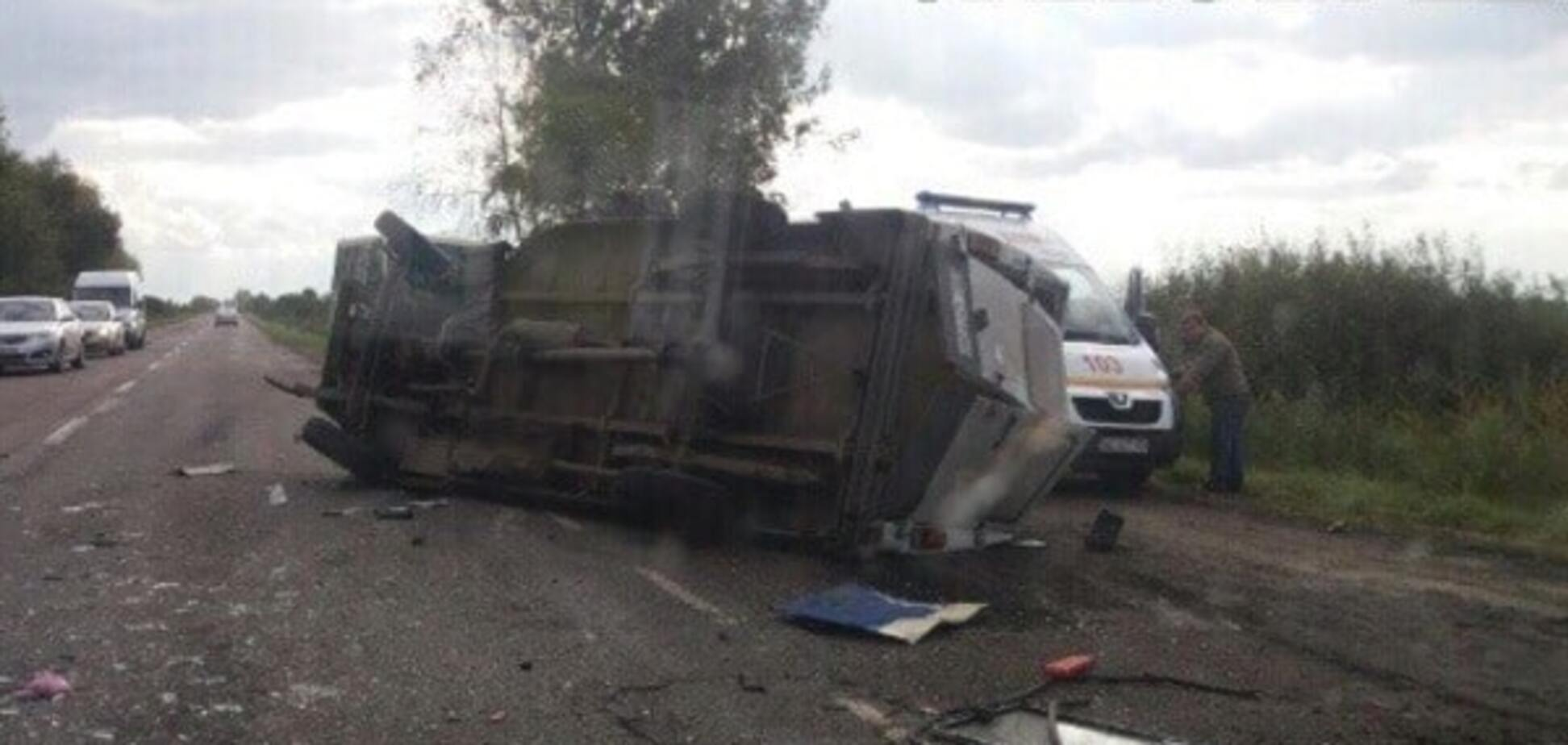 У ДТП загинув водій мікроавтобуса