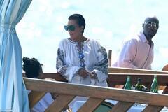 Мати Кім Кардашян у стильній вишиванці прогулялася на Капрі з дочкою і бойфрендом