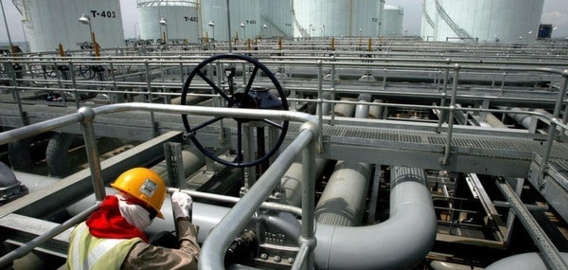 Ніж у спину, не відходячи від каси: саудівці зруйнували мрії Кремля про видобуток нафти