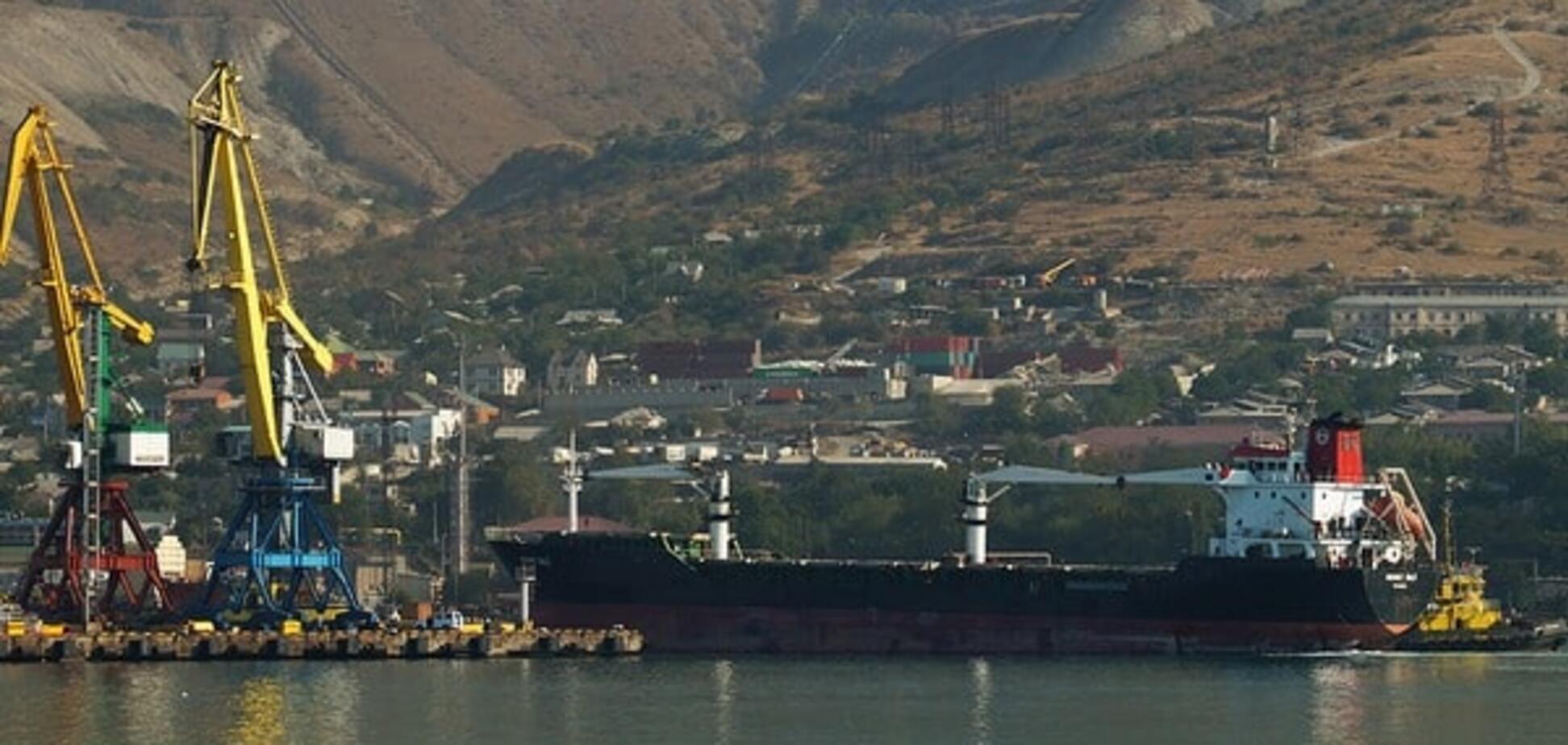 Бунт і різанина: в порту 'Південний' екіпаж захопив судно