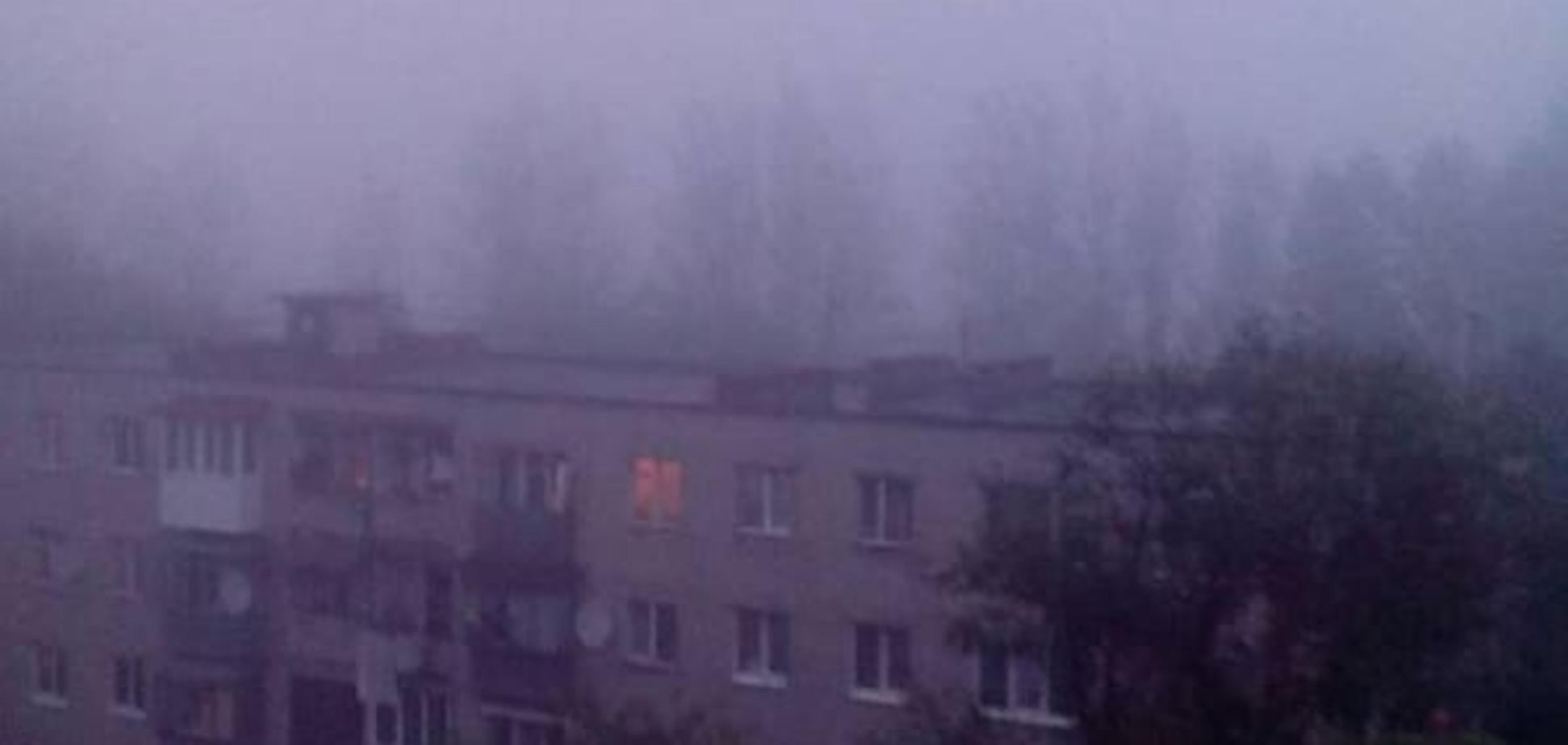 Сморід і морок: Львів затягнуло густим димом