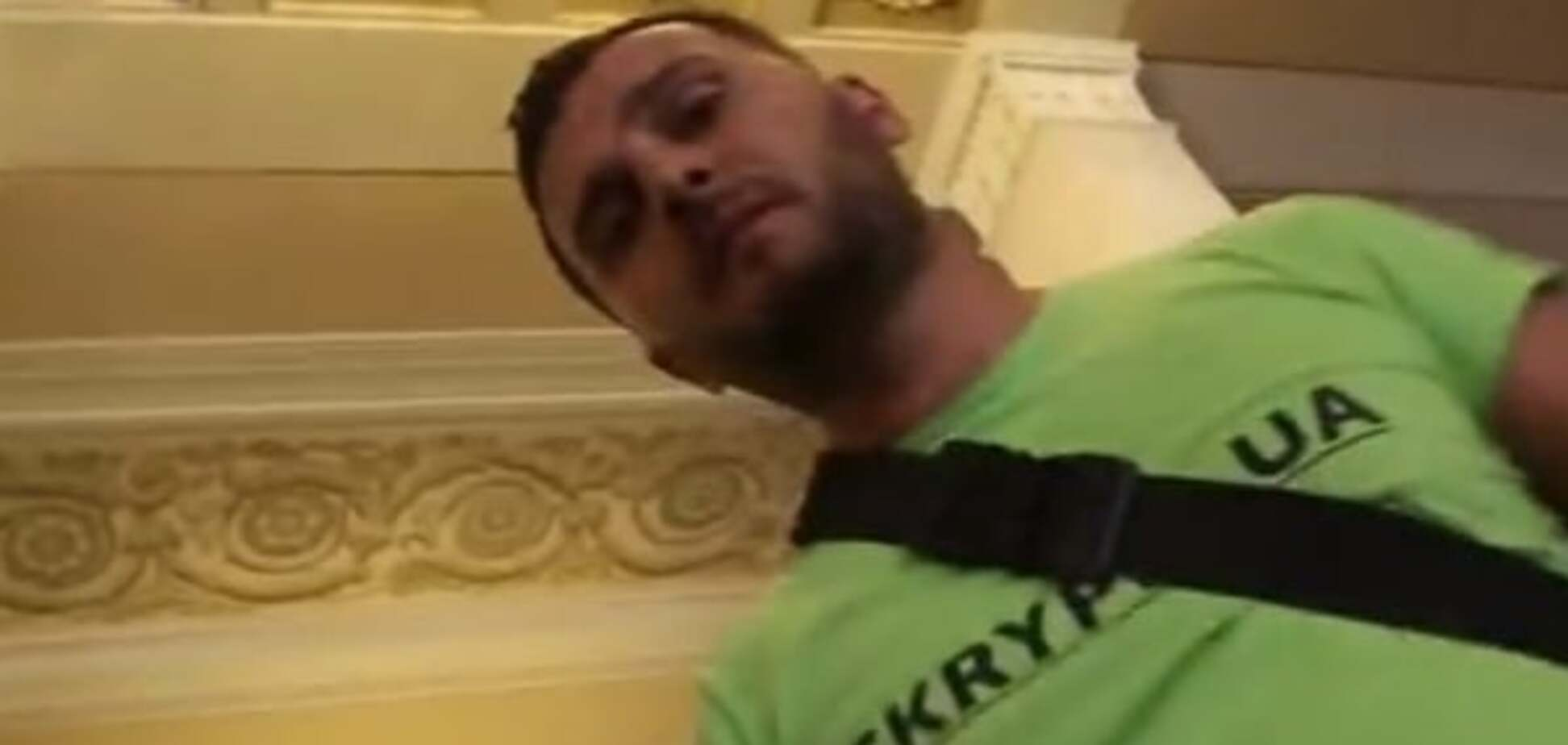 'Допи**елся баянист': в Раде произошла потасовка между журналистами. Опубликовано видео