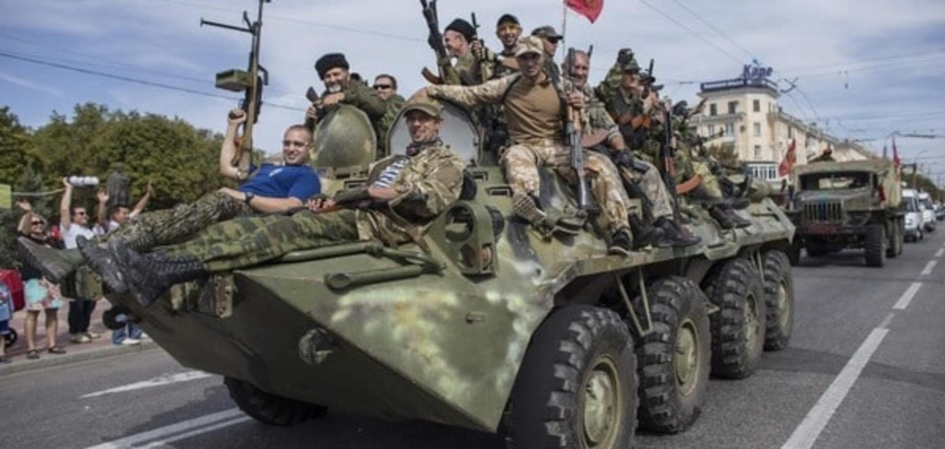 Росія передала терористам на Донбас зброю і холодильники з їжею