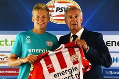 Официально: голландский клуб представил футболиста сборной Украины - видео с презентации