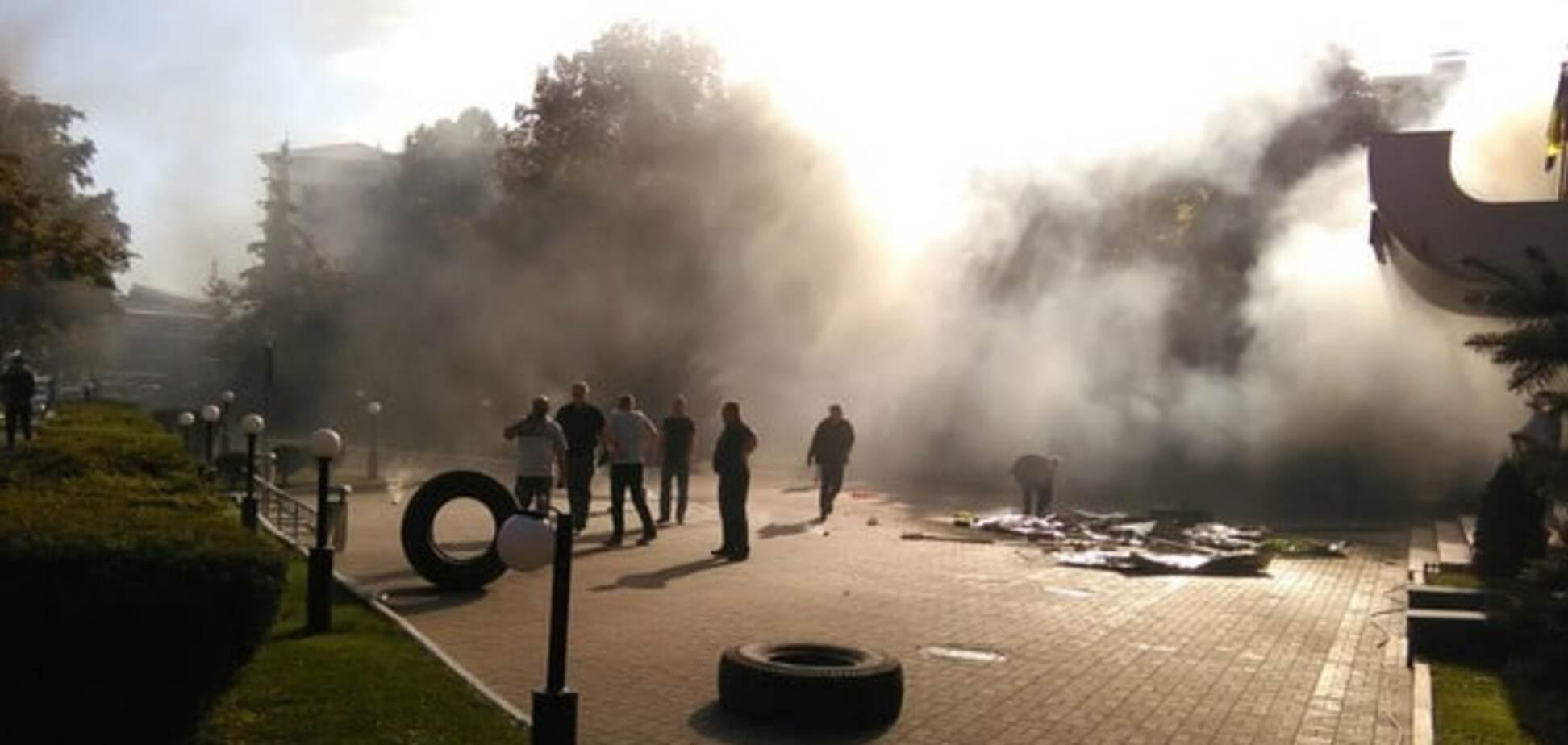 Блокування офісу 'Київміськбуду': поліція відтіснила 'Азов'