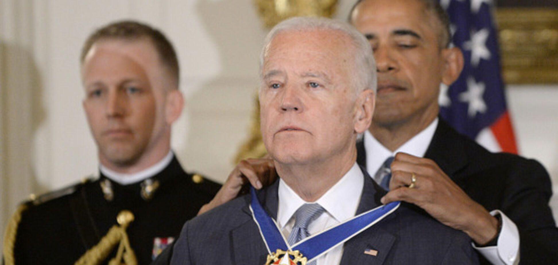 Байдена наградили Медалью Свободы