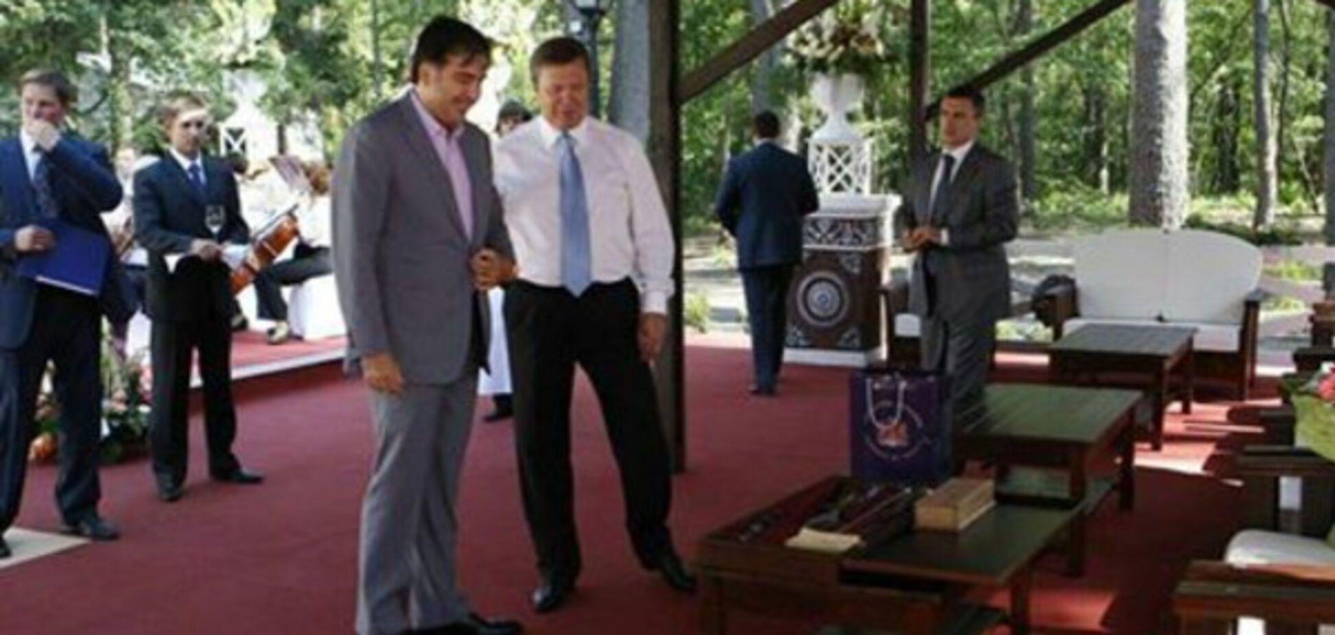 Михеил Саакашвили и Виктор Янукович
