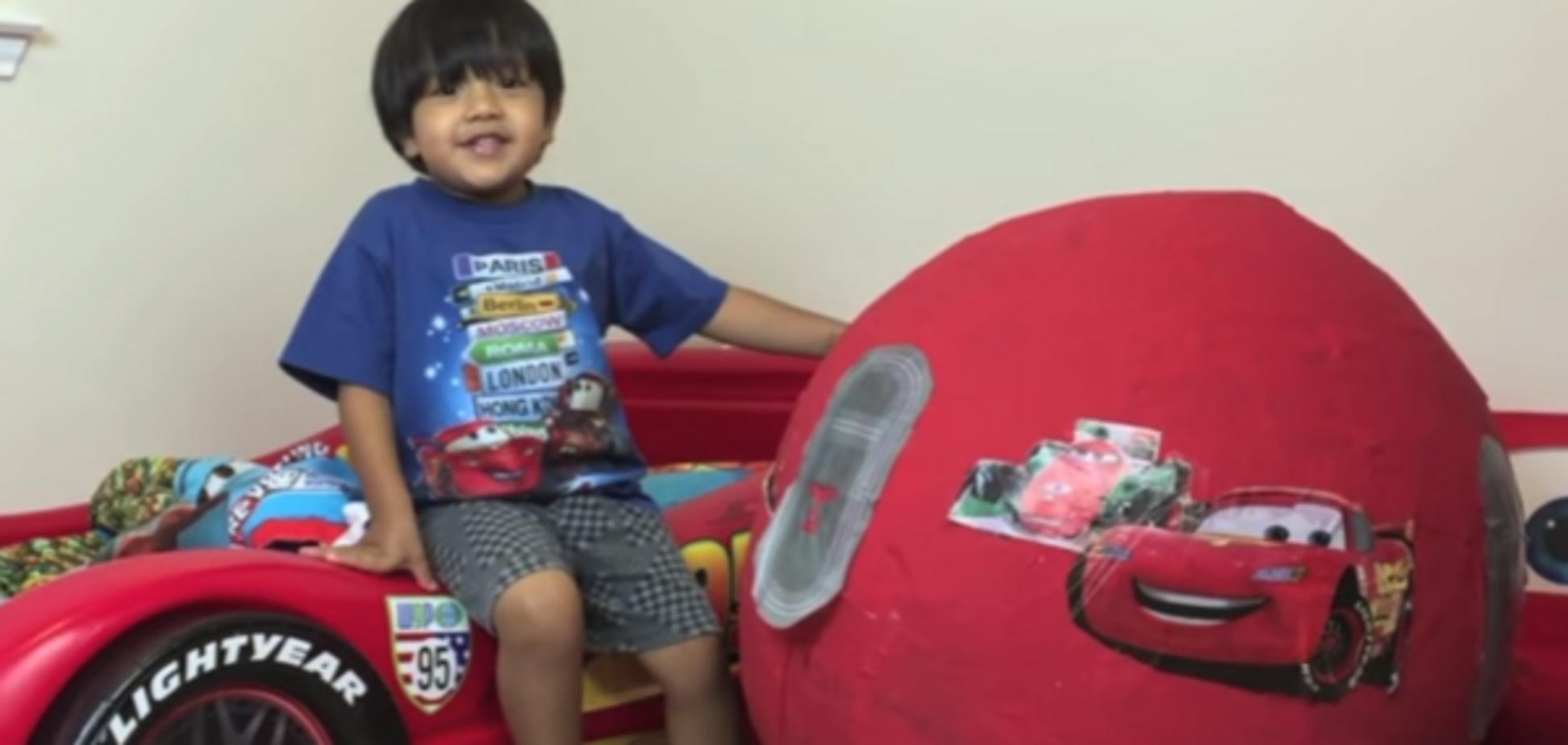 П'ятирічна дитина вразила своїми мільйонними заробітками