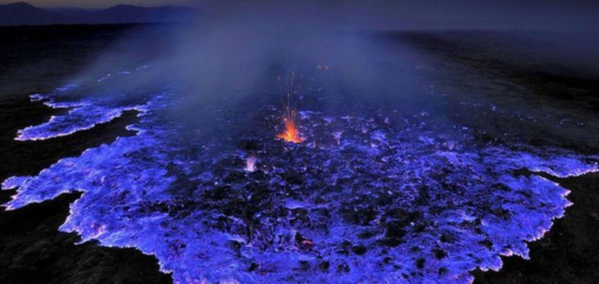 синяя лава в Индонезии