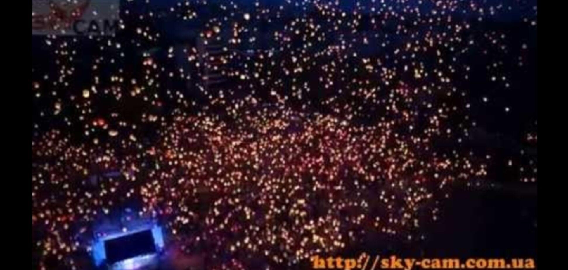 Запуск самого большого количества небесных фонариков