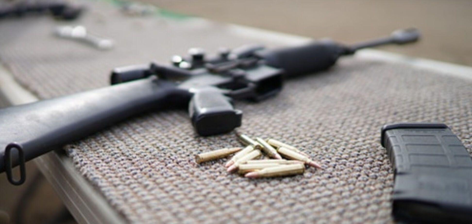 Cтало известно, каким оружием Аваков наградил VIP-украинцев