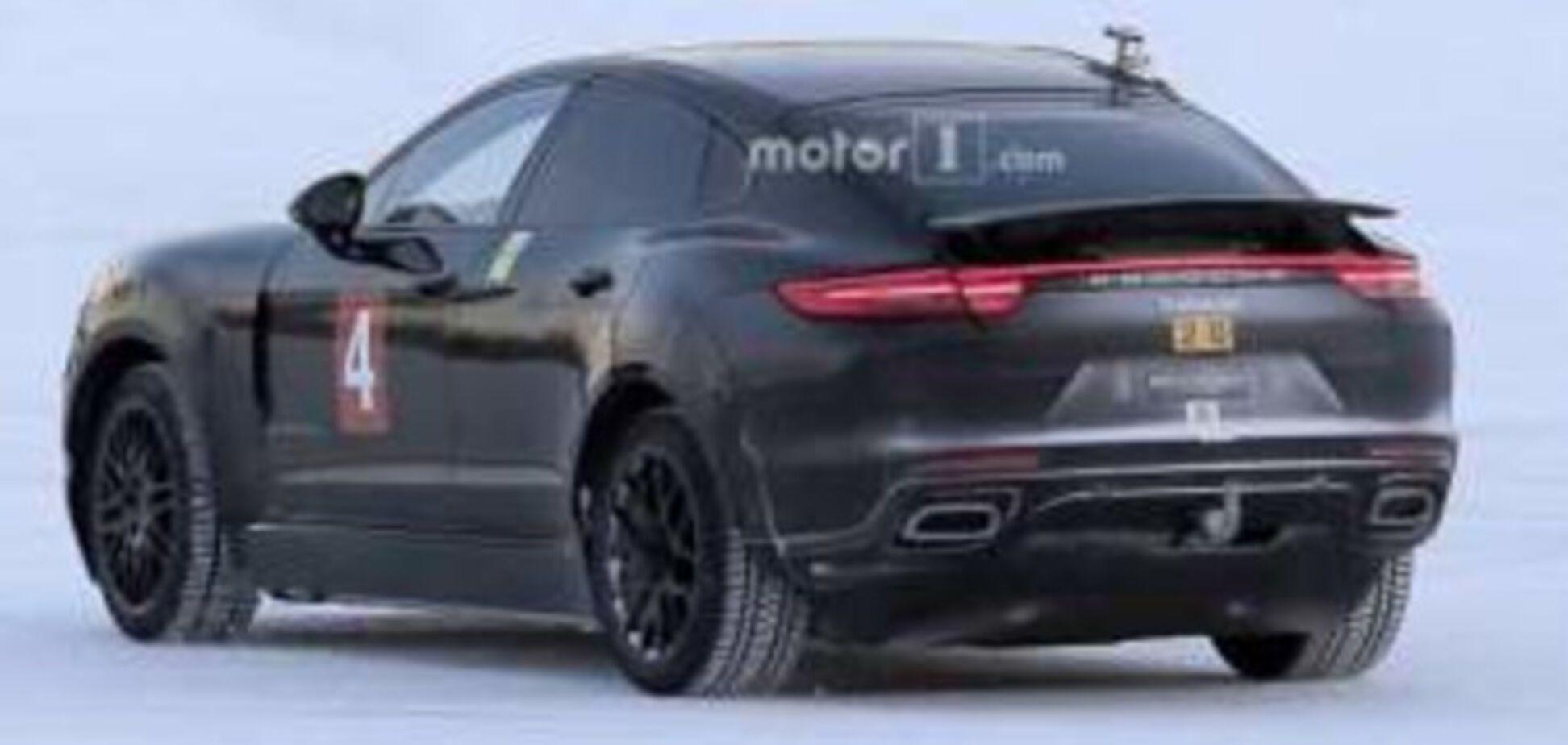 Шпионские фото: Porsche вывела на тесты загадочную модель