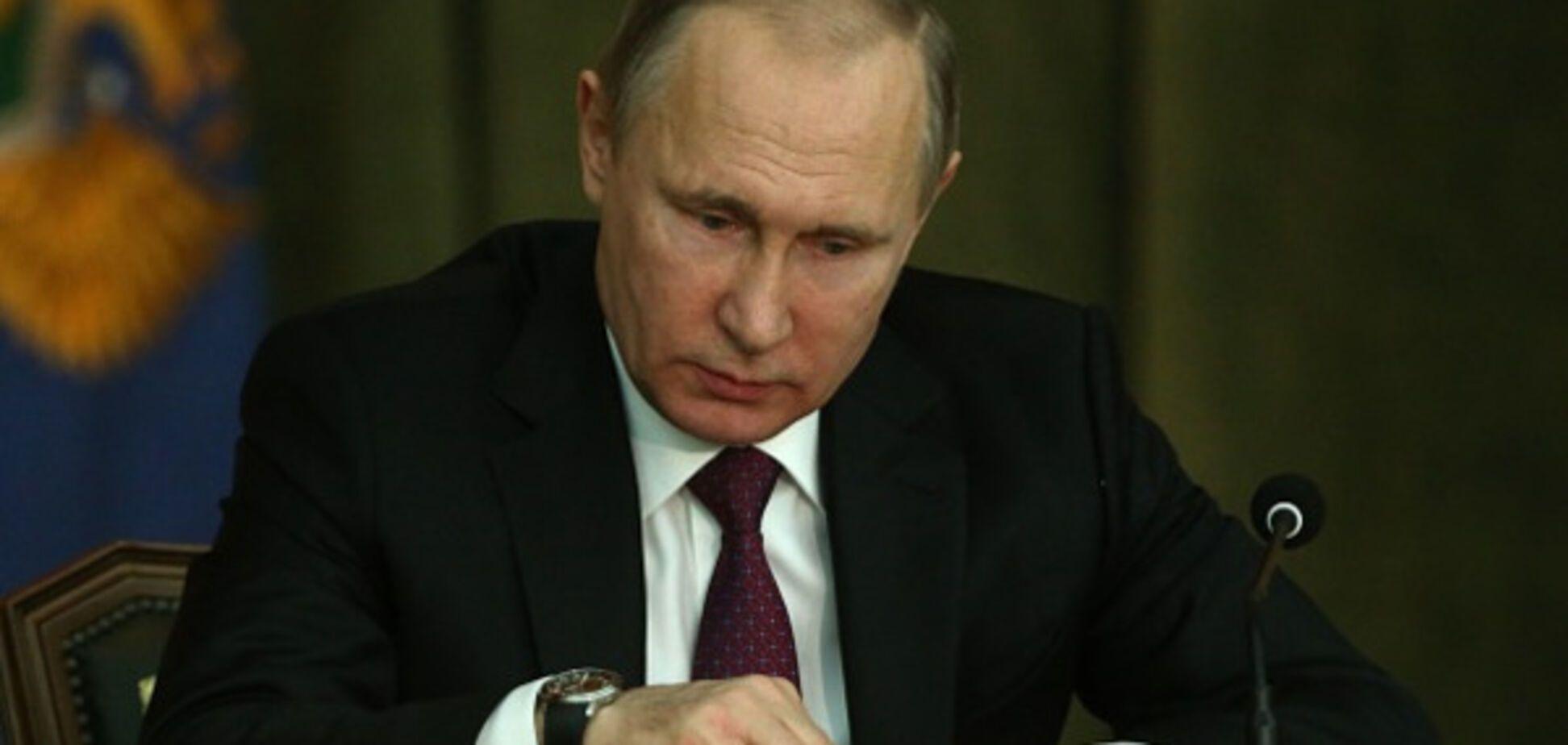 Фото Путина с бандитами и убийцами вызвало ажиотаж в соцсети