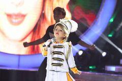 'Тейлор Свифт должна это увидеть!' Девочка покорила сеть исполнением песни звезды
