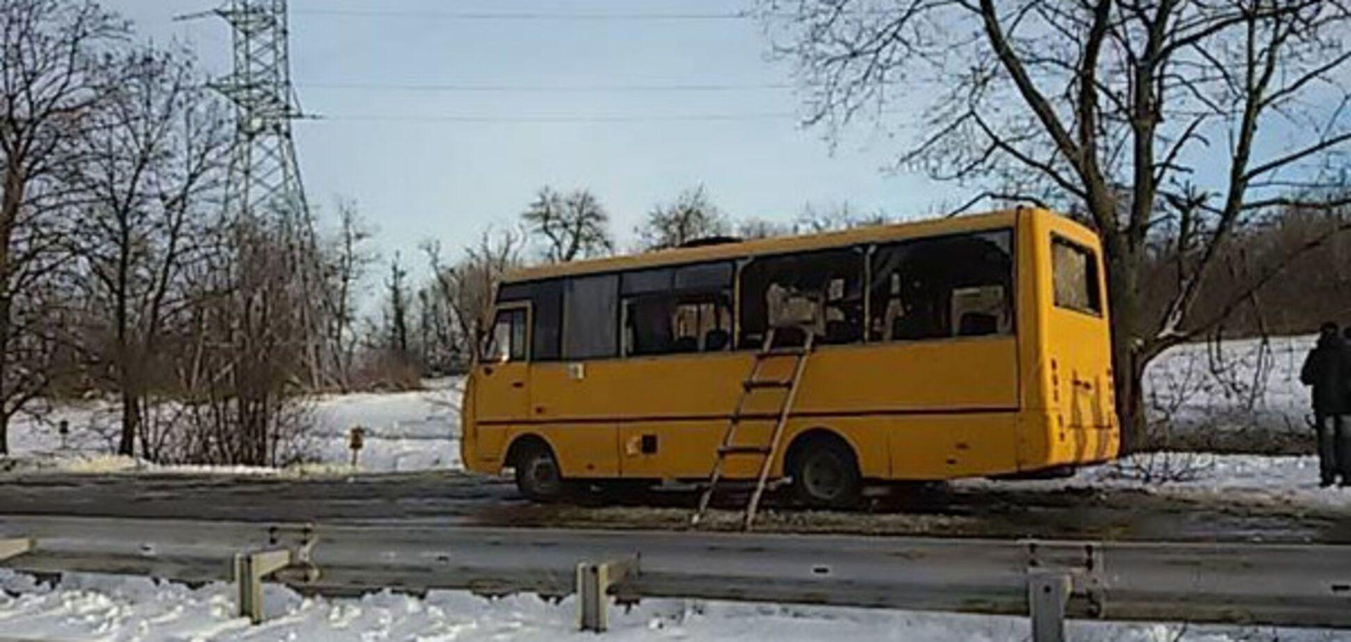 обстріляний автобус