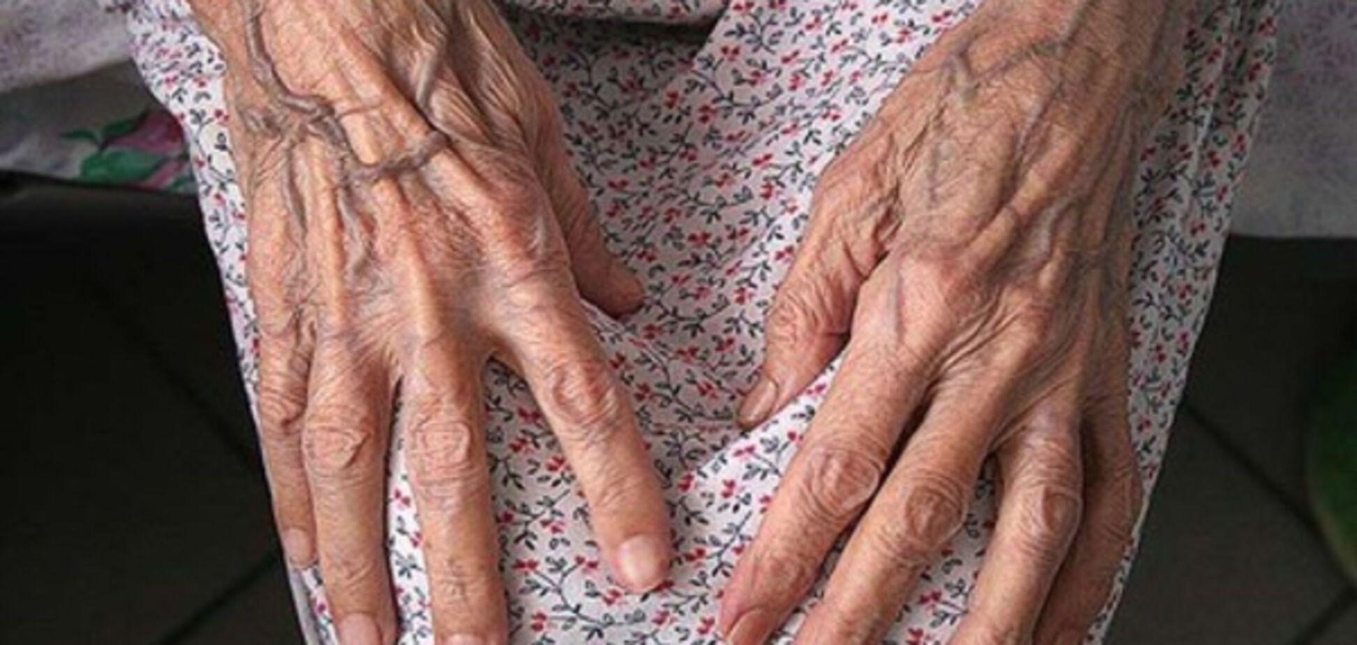Пенсионера подозревают в убийстве матери