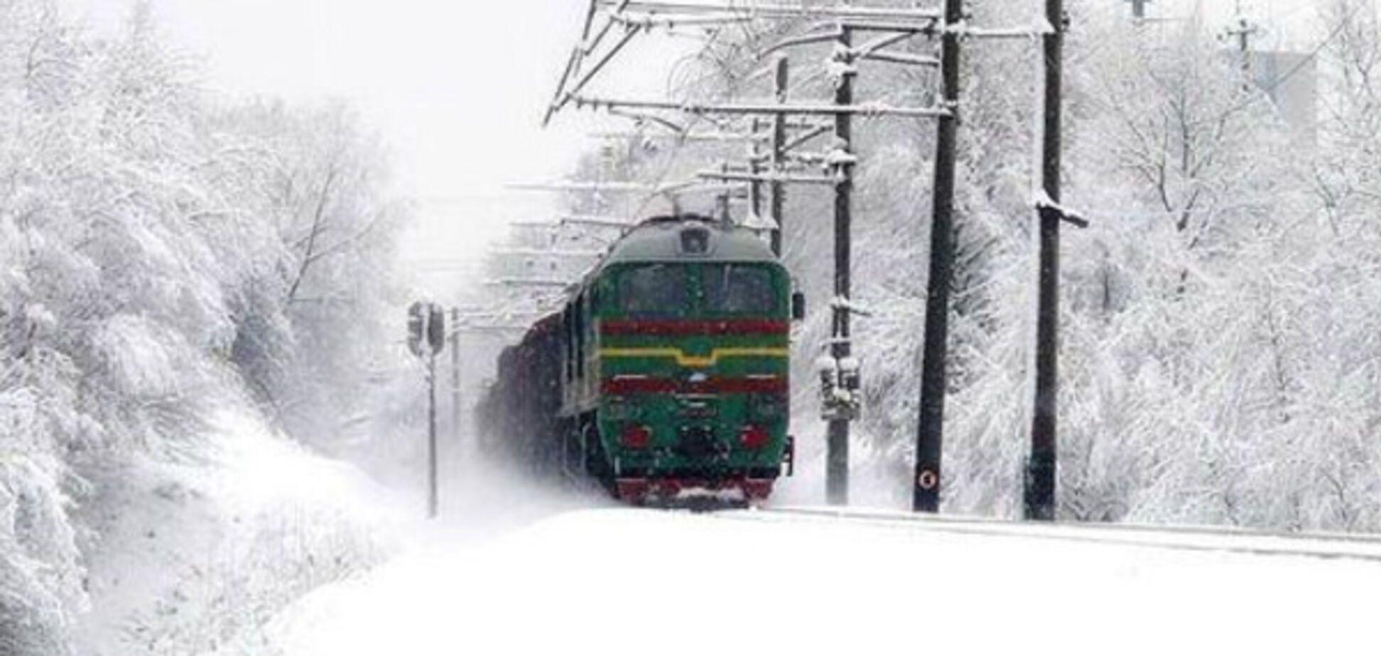 По пути в Запорожье застрял поезд
