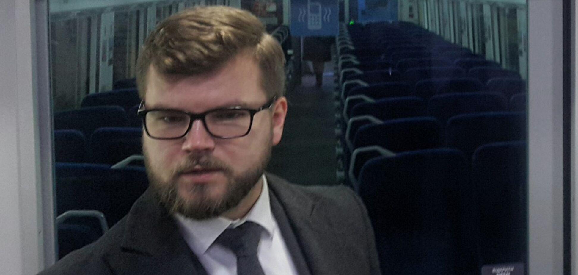 'И компот!' 'Укрзалізниця' заинтриговала новой услугой в поездах
