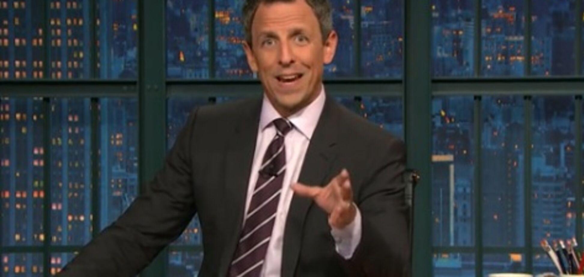 Известный телеведущий показал средний палец в эфире программы