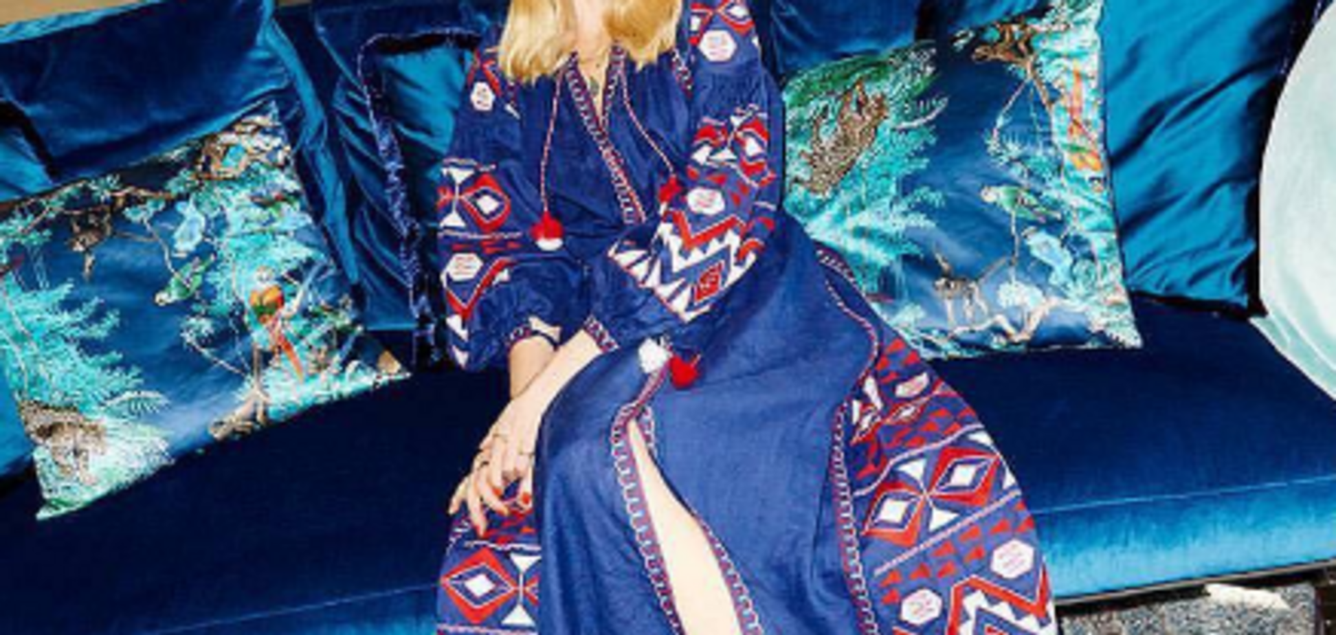 Американський секс-символ підкорила Тиждень моди українською вишиванкою