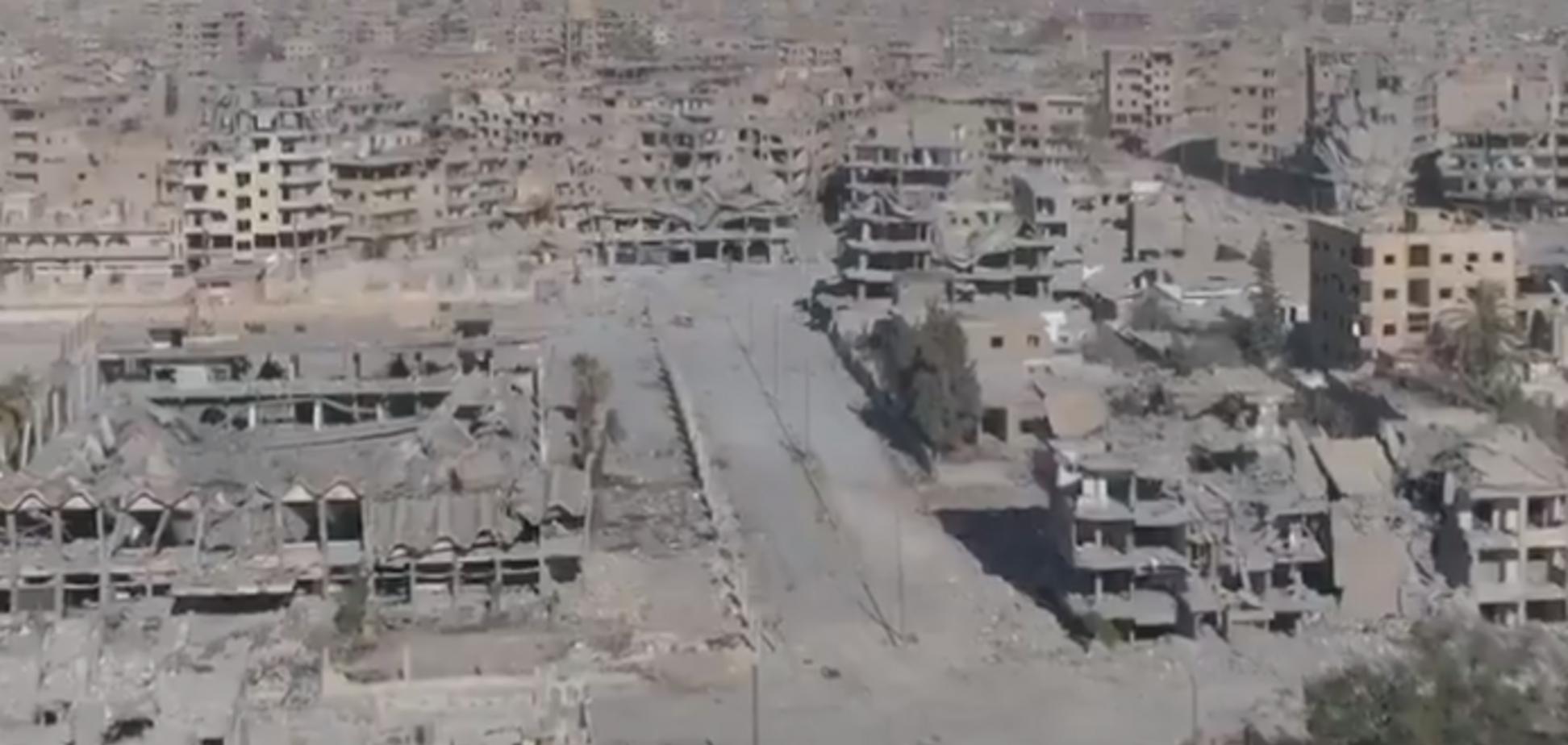 Ракка пала: разрушенную 'столицу' ИГИЛ показали с высоты