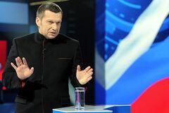 'Ви - не народ': на росТБ 'накинулися' на політолога, який говорив про 'анексію' в Україні