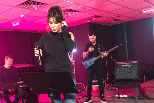 Скандальная украинская звезда сняла клип с российским певцом