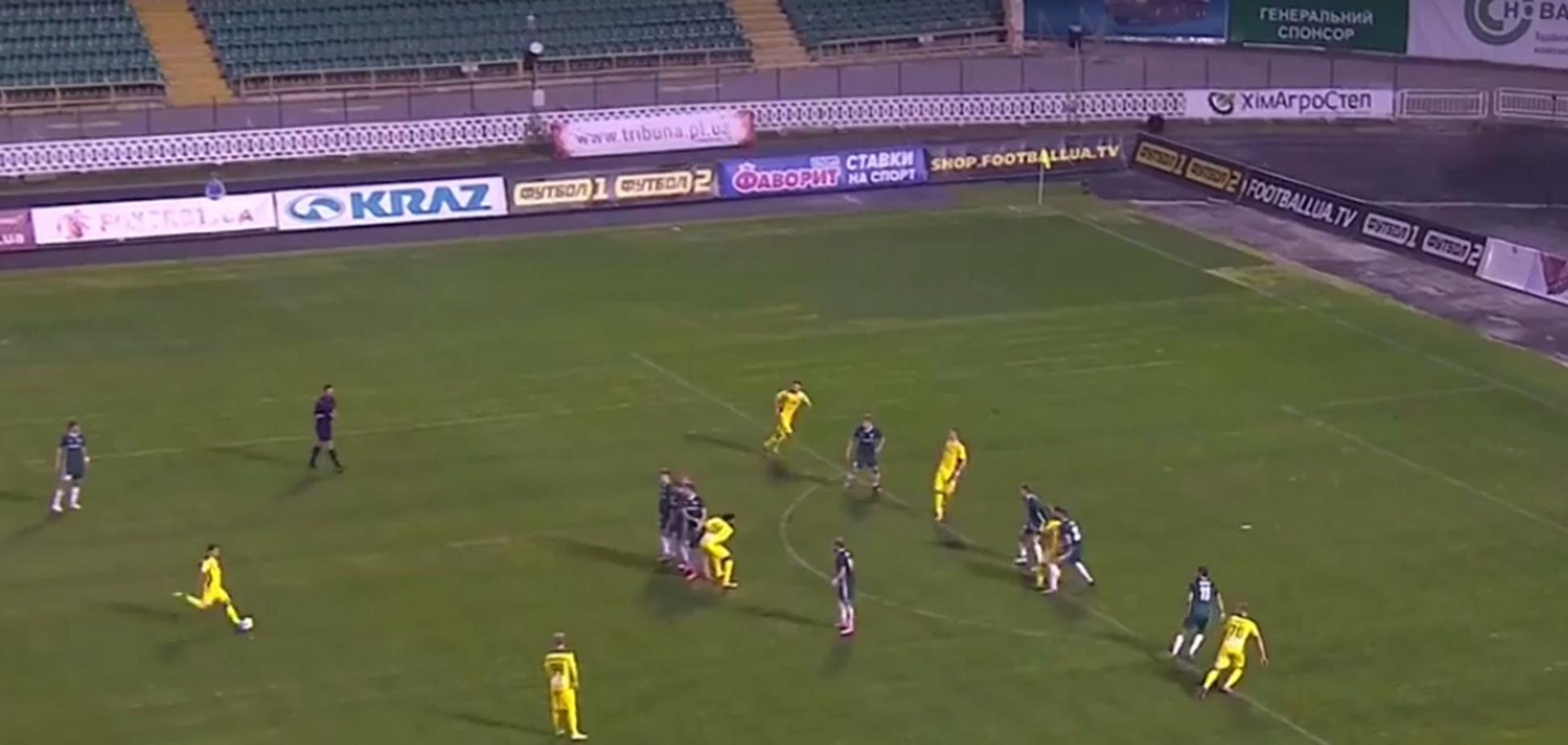 Український футболіст забив фантастичний переможний гол із 30 метрів: опубліковано відео